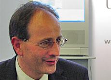 Ricola-Chef <b>Adrian Kohler</b>: Seine Kräuterbonbons sind Swissness-Botschafter. - sriimg20060512-6709409-3-data