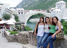 The SDC is hoping to encourage young people to stay in the Balkans (SDC)