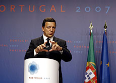 The new European Treaty is to signed in December, says President of the European Commission Barroso in Lisbon