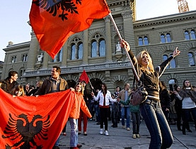 Around a thousand Kosovo Albanian emigrants celebrate in front of parliament in Bern