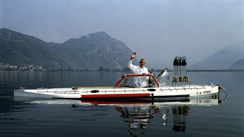 Goodbye: Jacques Piccard 1989 in seinem U-Boot auf dem Luganersee.