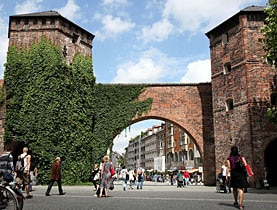 The historic Sendlinger Tor in Munich, where three Swiss youths severely injured several citizens without any reason