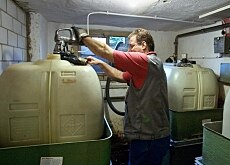 Many Swiss are waiting before topping up their heating oil tanks, hoping that prices will drop