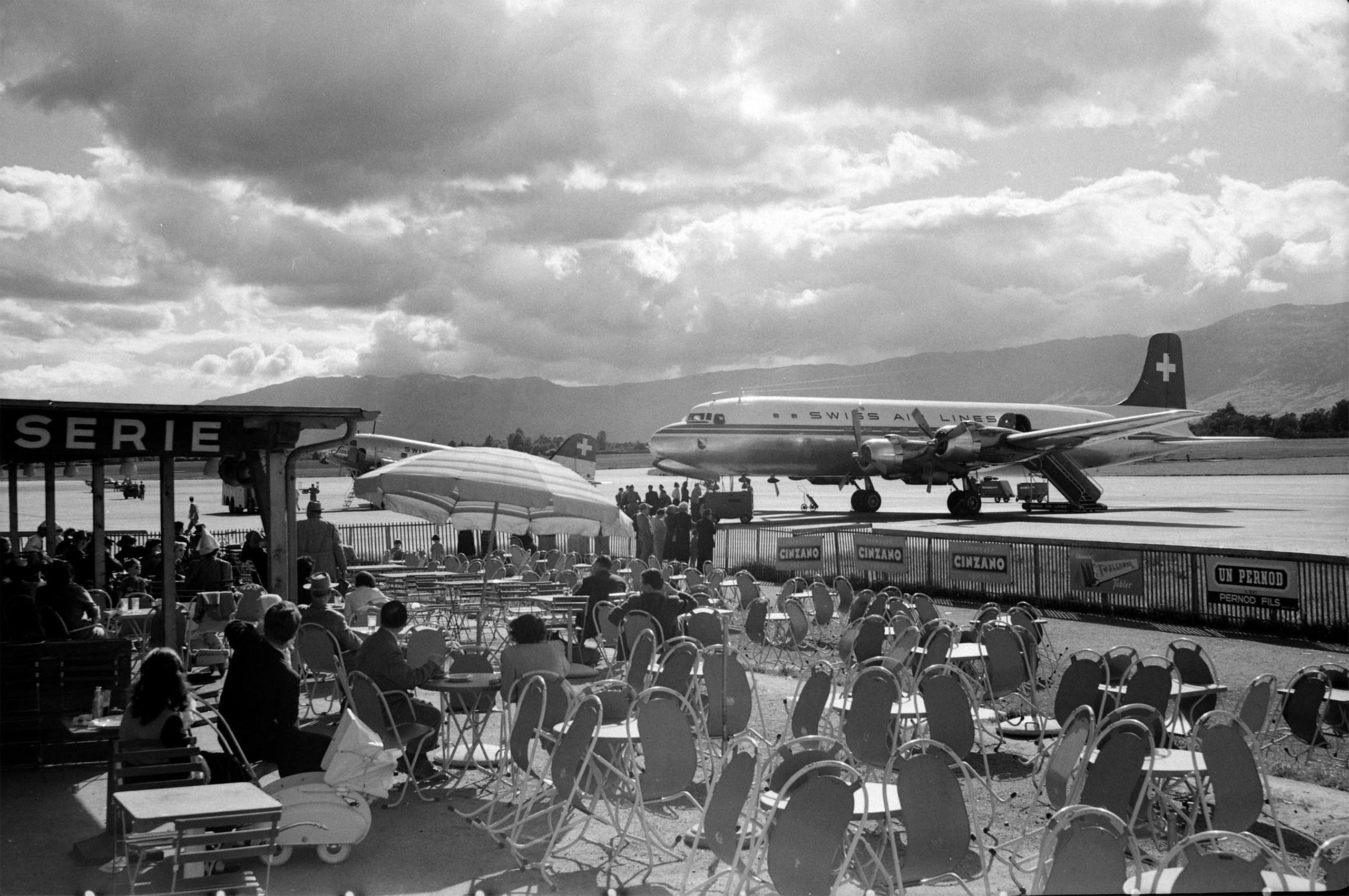 Airport terrace of the refreshment bar.