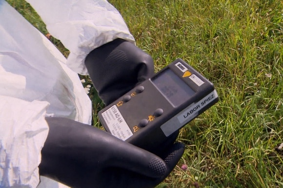 Geiger counter measures radiation