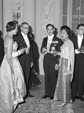 Max Petitpierre and his wife with the Thai king Bhumibol Adulyadej and queen Sirikit Kitigakara