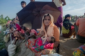 Thousands more Rohingya Muslims continue to flee violence in Myanmar
