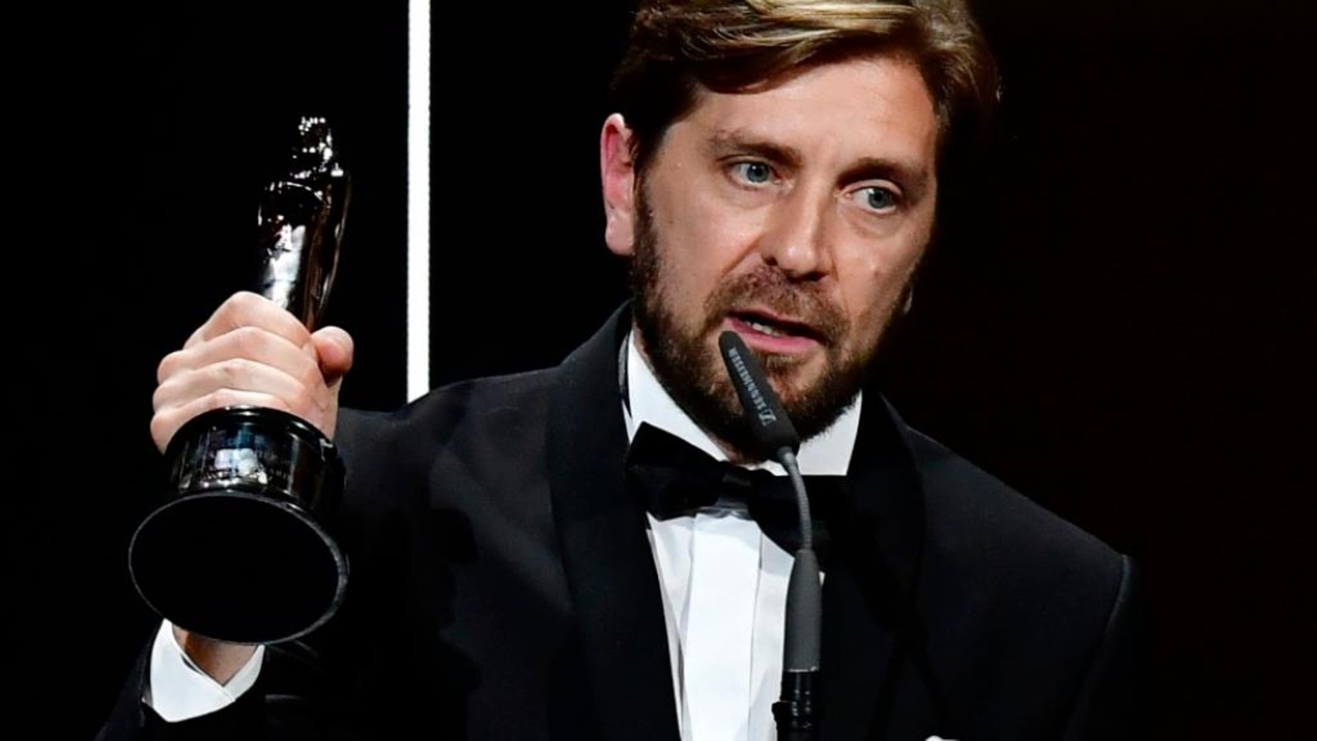 """""""Toni Erdmann ist der beste deutsche Film seit Jahren! - B.Z. Berlin"""