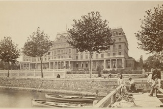 Photograph of the Hotel National
