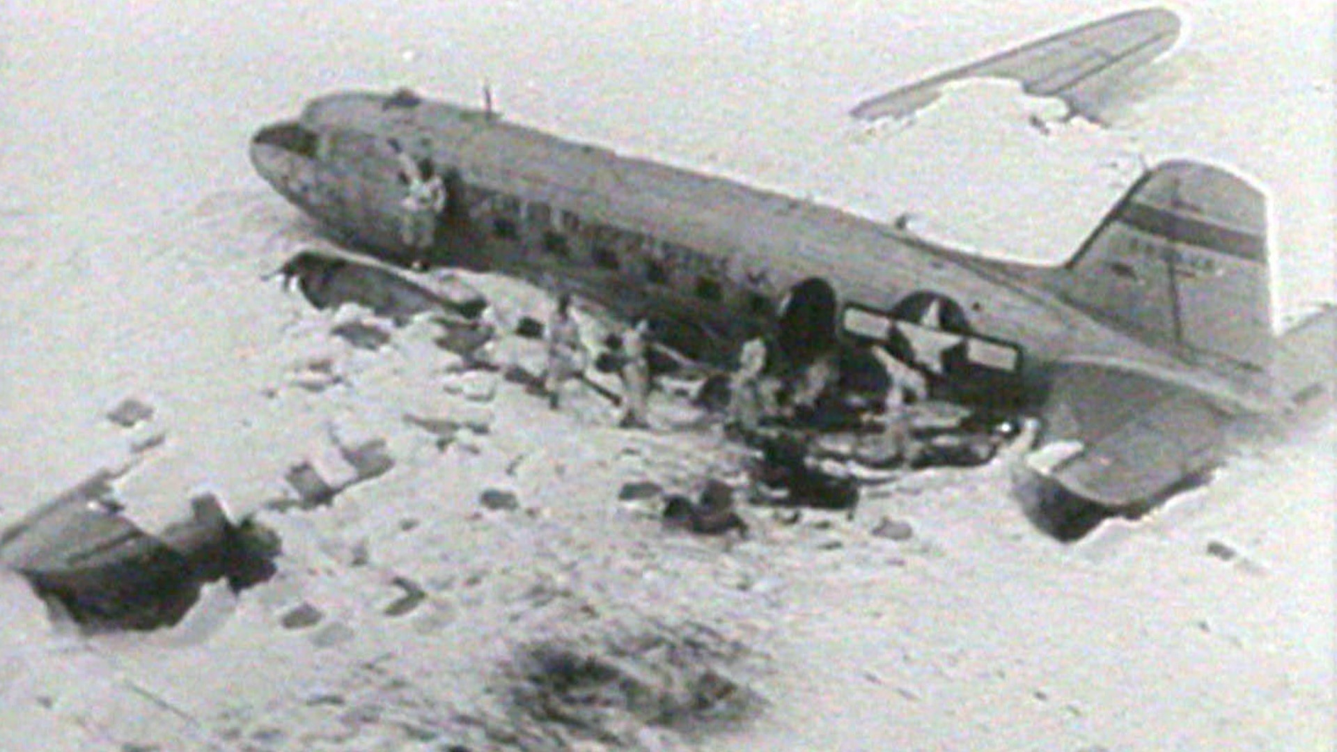 US plane wreck to be cleared from Swiss Alps - SWI swissinfo.ch