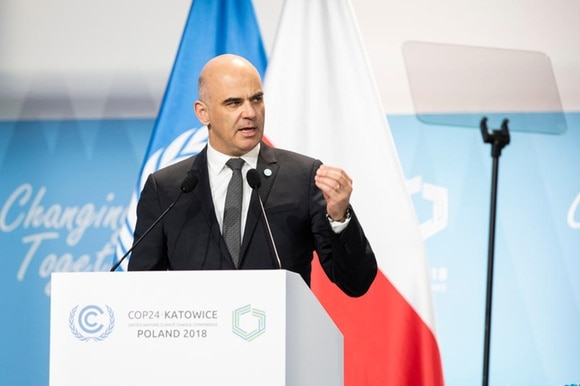 alain berset giving speech