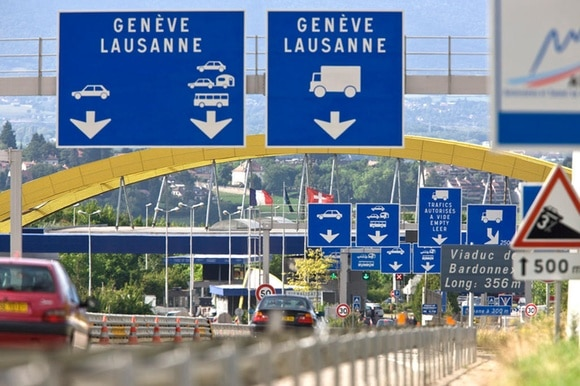 Some 92% of the 81,000 cross-border workers in the Geneva area drive to work