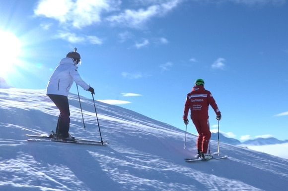 Learning to ski in 3 lessons