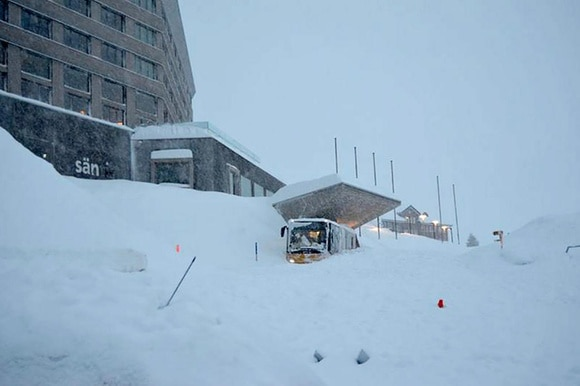 Snow piled in front of the hotel Säntis