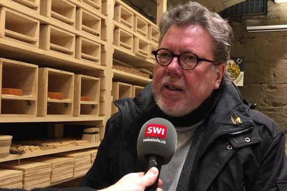 Michael Harenberg im Käsekeller