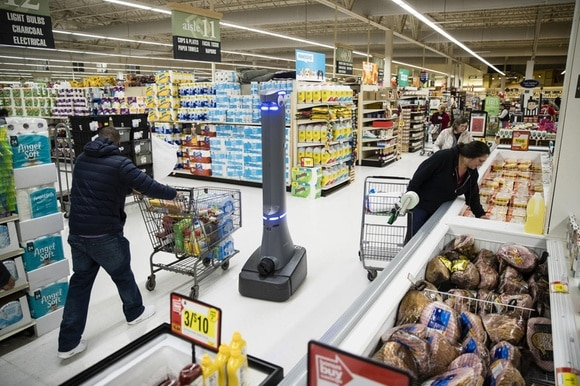 A robot cleans the floors at a grocery store in Harrisburg in the United States in January 2019