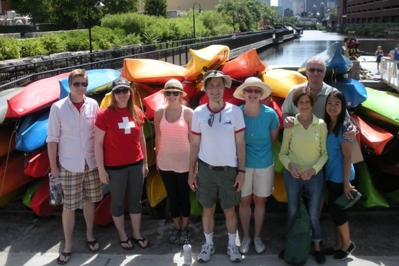 people with kayaks