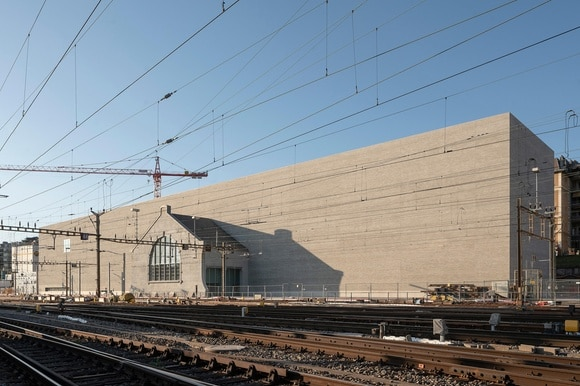 The back of the new museum overlooks the railway tracks
