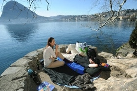 Having a picnic by the lake in Lugano