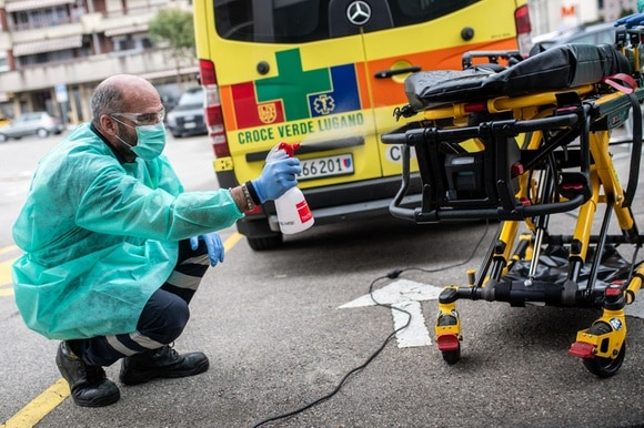 Cleaning ambulance equipment in canton Ticino