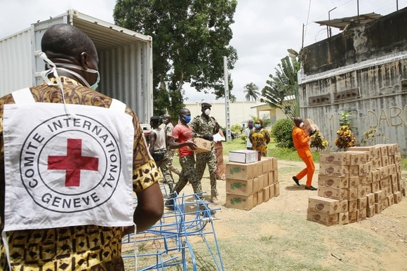 ICRC workers delivering supplies in Ivory Coast