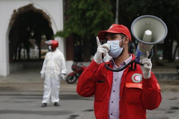 Red Crescent worker during the pandemic in Bangladesh