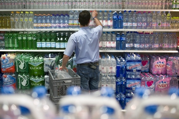 Man buying water