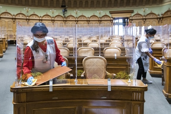 Cleaning parliament