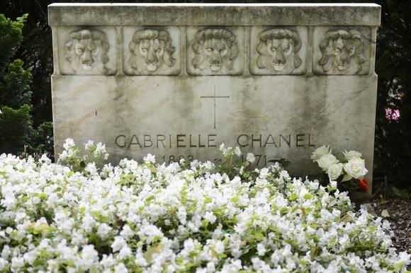 Coco Chanel s grave