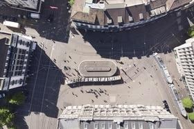 Imagen tomada por un dron de la Paradeplatz en Zúrich.