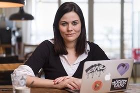 Jolanda Spiess-Hegglin in front of her laptop.