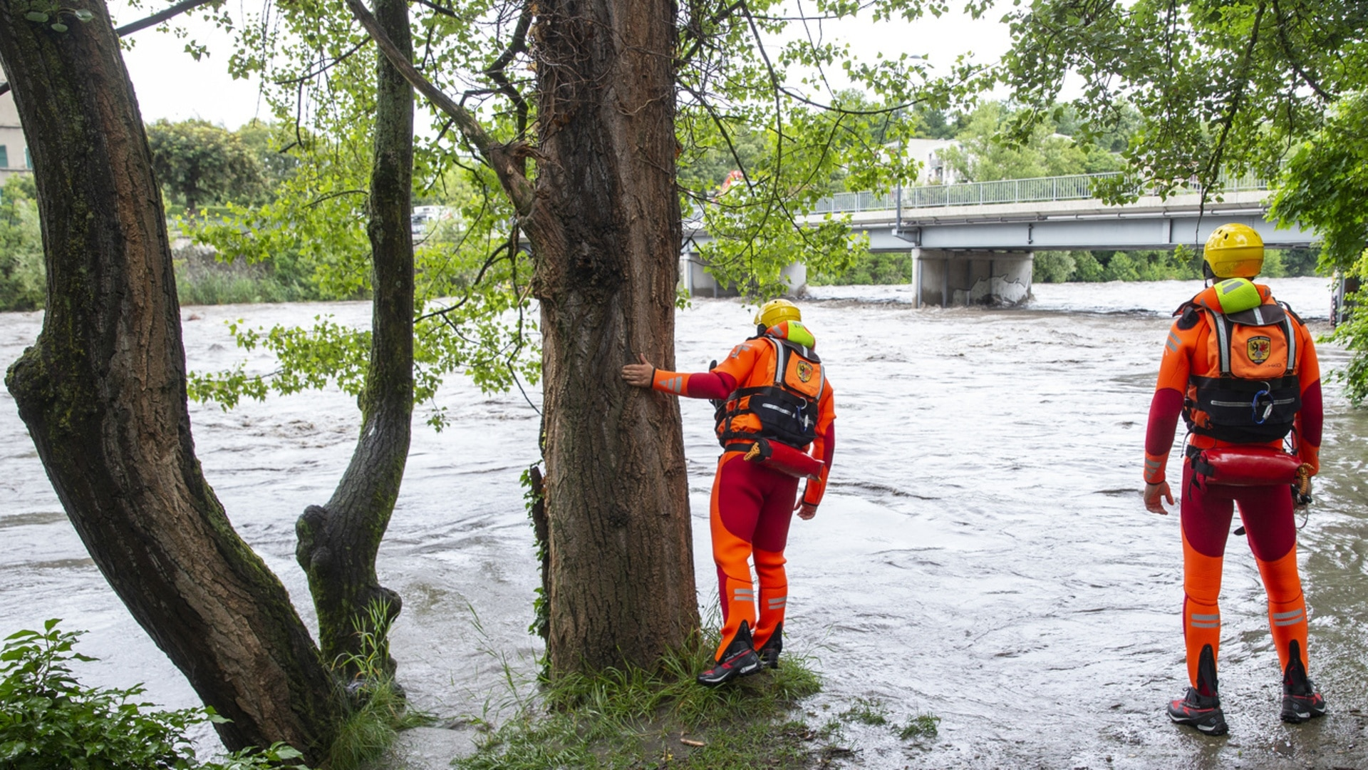 Switzerland issues more flood warnings after heavy thunderstorms - SWI  swissinfo.ch
