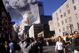 9/11 flüchtende Menschen